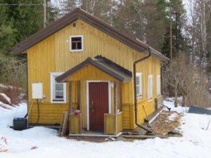 Keskimäen talo maaliskuussa